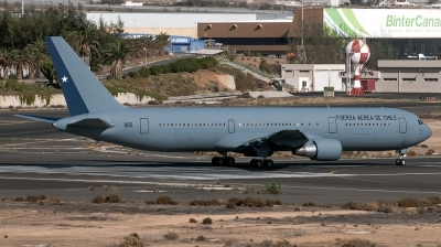 Photo ID 148750 by Bartolomé Fernández. Chile Air Force Boeing 767 3Y0R, 985
