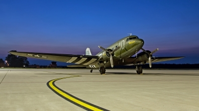 Photo ID 149688 by Robin Coenders / VORTEX-images. Private Private Douglas C 47 Skytrain, N74589
