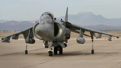 Photo ID 149865 by Ian Nightingale. USA Marines McDonnell Douglas AV 8B Harrier ll Plus, 165569