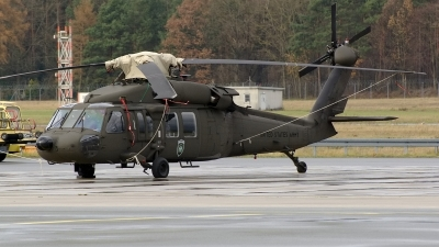 Photo ID 150548 by Günther Feniuk. USA Army Sikorsky UH 60A C Black Hawk S 70A, 87 24584