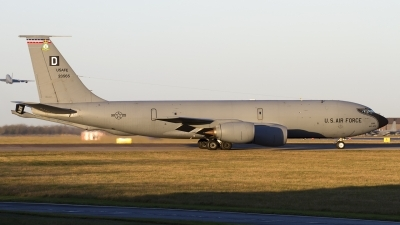 Photo ID 150579 by Chris Lofting. USA Air Force Boeing KC 135R Stratotanker 717 100, 62 3565