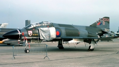 Photo ID 152149 by Arie van Groen. UK Air Force McDonnell Douglas Phantom FGR2 F 4M, XV501