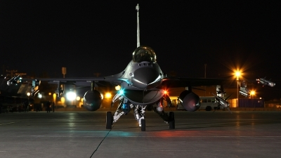 Photo ID 152504 by mark forest. USA Air Force General Dynamics F 16C Fighting Falcon, 92 3882