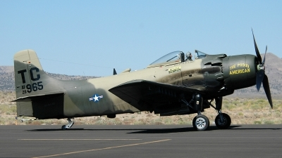 Photo ID 153341 by Andre Urruty. Private Heritage Flight Museum Douglas AD 4N Skyraider, NX965AD