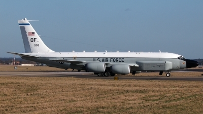 Photo ID 153652 by Stuart Thurtle. USA Air Force Boeing RC 135W Rivet Joint 717 158, 62 4132