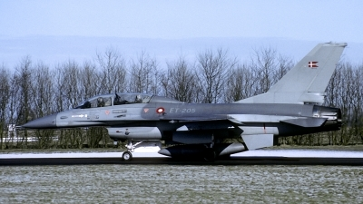 Photo ID 154928 by Joop de Groot. Denmark Air Force General Dynamics F 16B Fighting Falcon, ET 205