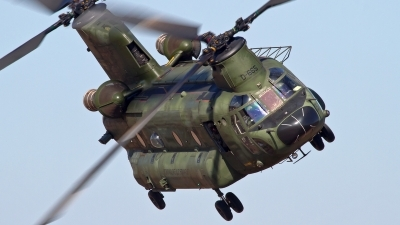 Photo ID 155640 by Niels Roman / VORTEX-images. Netherlands Air Force Boeing Vertol CH 47D Chinook, D 665