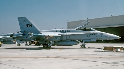 Photo ID 155484 by David F. Brown. USA Marines McDonnell Douglas F A 18A Hornet, 162471