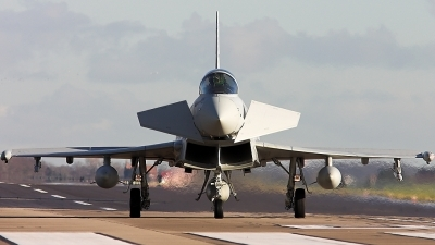 Photo ID 2031 by Paul Dunn. UK Air Force Eurofighter EF 2000 Typhoon F2, ZJ927