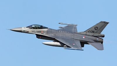 Photo ID 156666 by Carl Brent. Netherlands Air Force General Dynamics F 16AM Fighting Falcon, J 136