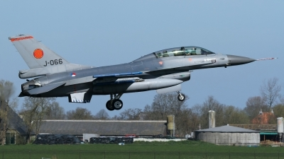 Photo ID 156833 by Rainer Mueller. Netherlands Air Force General Dynamics F 16BM Fighting Falcon, J 066