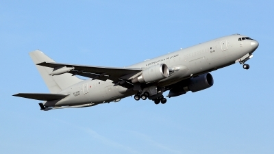 Photo ID 156878 by Carl Brent. Italy Air Force Boeing KC 767A 767 2EY ER, MM62226