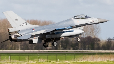 Photo ID 156975 by Alex van Noye. Netherlands Air Force General Dynamics F 16AM Fighting Falcon, J 062