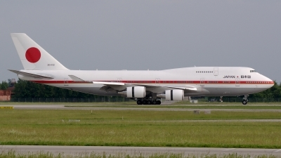 Photo ID 159380 by Günther Feniuk. Japan Air Force Boeing 747 47C, 20 1102