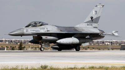 Photo ID 160336 by Carl Brent. Pakistan Air Force General Dynamics F 16A Fighting Falcon, 84704