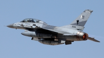 Photo ID 160339 by Carl Brent. Pakistan Air Force General Dynamics F 16B Fighting Falcon, 90614