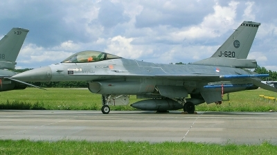 Photo ID 161269 by Arie van Groen. Netherlands Air Force General Dynamics F 16AM Fighting Falcon, J 620