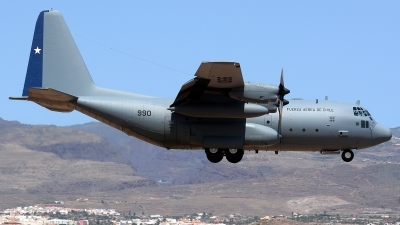 Photo ID 161907 by Alejandro Hernández León. Chile Air Force Lockheed C 130H Hercules L 382, 990