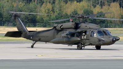 Photo ID 162150 by Günther Feniuk. USA Army Sikorsky UH 60A C Black Hawk S 70A, 88 26027