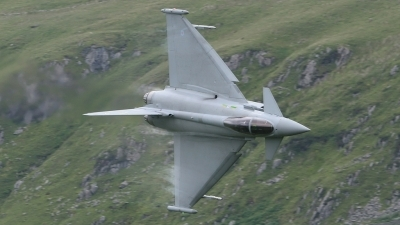 Photo ID 20076 by Neil Bates. UK Air Force Eurofighter EF 2000 Typhoon F2, ZJ918