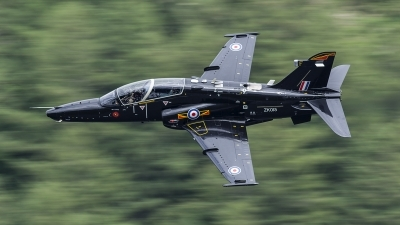 Photo ID 162298 by Paul Massey. UK Air Force BAE Systems Hawk T 2, ZK015
