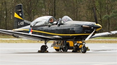 Photo ID 20160 by Alex van Noye. Netherlands Air Force Pilatus PC 7 Turbo Trainer, L 09