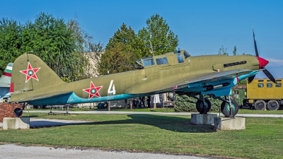 Photo ID 163165 by Nigel Roling. Bulgaria Air Force Ilyushin IL 2m3 Sturmovik, 425