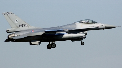 Photo ID 163231 by Arie van Groen. Netherlands Air Force General Dynamics F 16AM Fighting Falcon, J 628