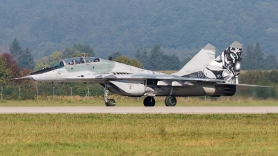 Photo ID 164439 by Andreas Zeitler - Flying-Wings. Slovakia Air Force Mikoyan Gurevich MiG 29UBS 9 51, 5304