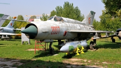 Photo ID 164782 by Peter Terlouw. Romania Air Force Mikoyan Gurevich MiG 21R, 2007
