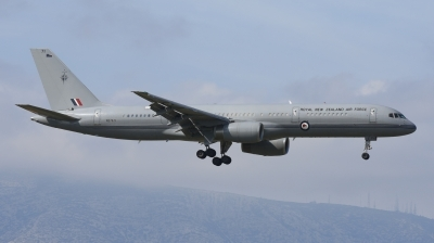 Photo ID 165246 by Alex D. Maras. New Zealand Air Force Boeing 757 2K2, NZ7571