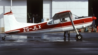 Photo ID 166200 by Chris Lofting. South Africa Air Force Cessna 185E, ZS JLX