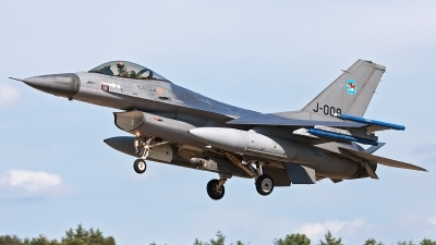 Photo ID 165802 by Walter Van Bel. Netherlands Air Force General Dynamics F 16AM Fighting Falcon, J 009