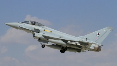 Photo ID 165837 by Paul Newbold. UK Air Force Eurofighter Typhoon FGR4, ZJ933