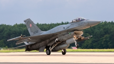 Photo ID 165965 by Sylwia Tylkowska. Poland Air Force General Dynamics F 16C Fighting Falcon, 4048