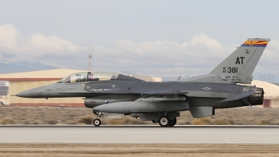 Photo ID 166078 by Paul Newbold. USA Air Force General Dynamics F 16D Fighting Falcon, 87 0381