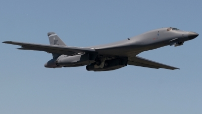 Photo ID 166188 by Chris Hauser. USA Air Force Rockwell B 1B Lancer, 85 0061