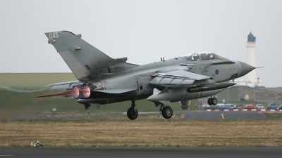 Photo ID 20583 by Andy Walker. UK Air Force Panavia Tornado GR4, ZA553
