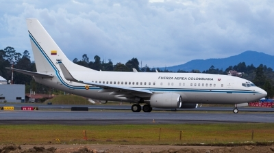 Photo ID 167632 by Andreas Zeitler - Flying-Wings. Colombia Air Force Boeing 737 74V, FAC0001