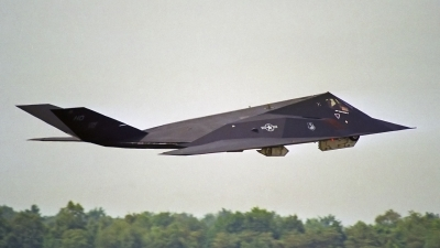 Photo ID 167899 by Peter Terlouw. USA Air Force Lockheed F 117A Nighthawk, 86 0839