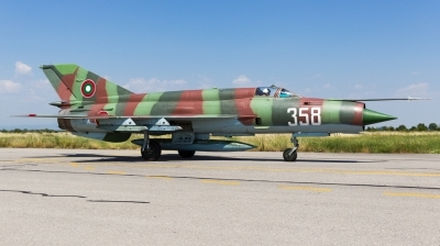 Photo ID 167975 by Andreas Zeitler - Flying-Wings. Bulgaria Air Force Mikoyan Gurevich MiG 21bis SAU, 358