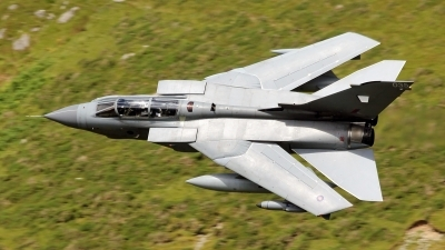 Photo ID 168153 by Richard de Groot. UK Air Force Panavia Tornado GR4, ZA542