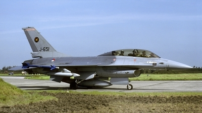 Photo ID 168407 by Joop de Groot. Netherlands Air Force General Dynamics F 16B Fighting Falcon, J 651