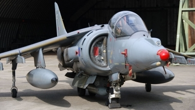 Photo ID 20751 by Peter Terlouw. UK Air Force British Aerospace Harrier GR7, ZD403