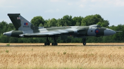 Photo ID 169045 by Arie van Groen. Private Vulcan to the Sky Trust Avro 698 Vulcan B2, G VLCN