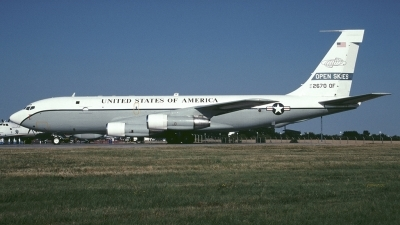 Photo ID 169153 by Tom Gibbons. USA Air Force Boeing OC 135B 717 158, 61 2670