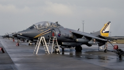 Photo ID 20795 by Tom Gibbons. UK Navy British Aerospace Harrier T8, ZB603