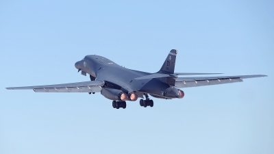 Photo ID 170454 by Peter Boschert. USA Air Force Rockwell B 1B Lancer, 86 0140