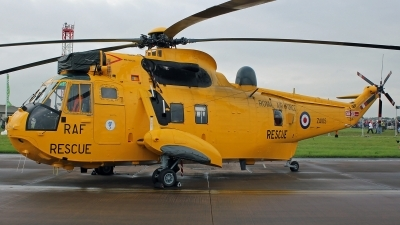 Photo ID 170747 by Richard de Groot. UK Air Force Westland Sea King HAR 3, ZA105
