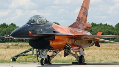 Photo ID 170895 by Arie van Groen. Netherlands Air Force General Dynamics F 16AM Fighting Falcon, J 015